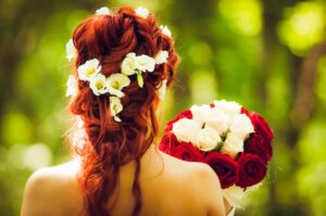 Best Half-up and Half-down Bridal Hairstyles